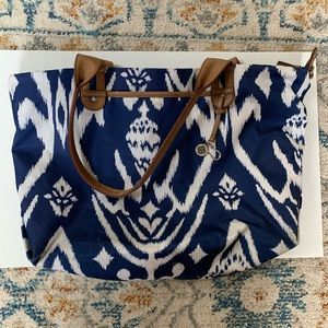 Stella & Dot BLUE PURSE WITH GREEN LINING!!